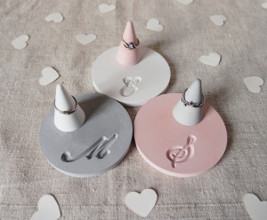 Personalized ring dish Concrete ring cone Custom Initials jewelry display Engagement gift Bridal shower Cement ring holder Gray White Pink