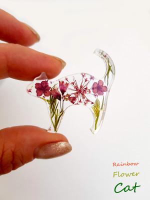 Burgundy flower brooch, cat lovers gift, real pressed  flower jewelry, pressed flower pin, real flower red brooch, Dried Flower Brooch