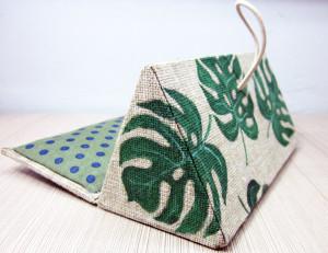 Tropical palm leaf, Monstera, Beach theme gift, Hard Eyeglass Case, Monstera plant, Gift for her, Anniversary gift, Friends beach art