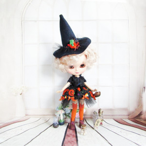 Witch costume for Blythe doll Halloween outfit hat, skirt, blouse, stockings, bloomers 1/6 scale bjd clothes Pullip