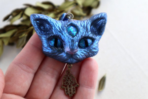 Cat lover gift. Bag charm. Keychain fantasy cat. Resin blue cat. Gift idea. Cat keyring. Kitty accessories. Gift for sister. Animal keychain