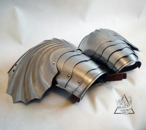 Gothic Medieval Pauldrons for Knights Full Armor, 14th Century Shoulders Replica, Historical Combat Steel Spaulder, LARP Armor