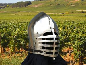 Steel Wolf Ribs Klapp Visor Helmet , Knights Bascinet Helmet, Historical Helmet Replica for SCA Medieval Tournaments and Knights Cosplay