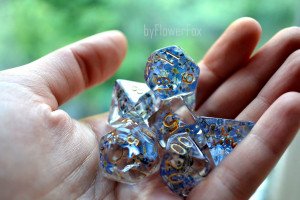Flower dnd dice set Critical Role Floral resin polyhedral dice set for RPG game Dungeons and dragons Handmade Forget me not dice byFlowerFox