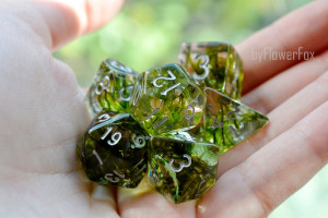 Flower dnd dice set Critical Role Forest moss resin polyhedral dice set for RPG game Dungeons and dragons Handmade Moss fox dice byFlowerFox