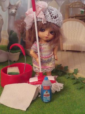 Dollhouse miniature cleaning kit Lati Yellow, Irrealdoll, Pukifee doll accessories Dollhouse miniature furnitures 1/12 1/8 1/6