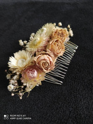 Dried Flowers Comb, Bridal Hair Accessories, Bride Floral Comb, Floral Hair Piece, Leaves Comb, Boho Chic Comb, Rustic Woodland, Cream Comb