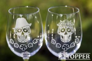 Sugar Skull Wine Glasses,Day of the Dead Wedding Wine Glasses,Dia De Los Muertos Wine Glasses,Calavera Wedding Glasses,wedding sugar skull