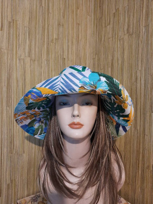 Women's cotton sun hat with wide brim,  tropical print travel hat, large cotton hat for beach,  large cotton fabric flowers hats for woman