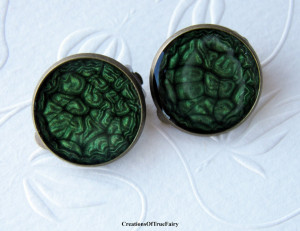Dark green clip on earrings for womens Xmas jewelry Girlfriend gift coworker Round non pierced earrings for girls Mom daughter sister A9F