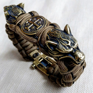 "Paracord bracelet ""CRUSADER""  with beads ""Wolf Head"" and ""Jerusalem cross"". Men's style, a gift for tough men. Biker bracelet."