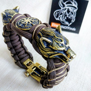 "Paracord bracelet  with beads ""Wolf Head"" and ""svetoch"". Men's style, a gift for tough men. Biker bracelet."
