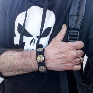 """Men's bracelet made of paracord """"PROTECTION of THREE SWASTIC"""" Viking style, Celtic knots."""
