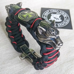 "Paracord bracelet with steel beads ""Wolf Head"" and ""Templar Cross"". Viking style. Mens accessory."