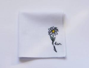Сhamomile, Personalized handkerchief, Monogrammed handkerchief, Mothers day gift ideas, Mother of the bride gift, Mom gift idea, flower gift