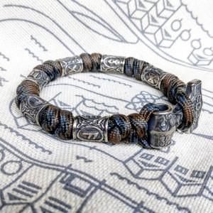 Viking bracelet / Thor's Hammer / Scandinavian jewelry / gift for him / paracord bracelet / parachute cord / viking cuff / biker bangle