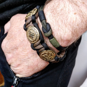 Stylish paracord bracelet / Celtic knot / Scandinavian jewelry / viking wristband / mens accessory