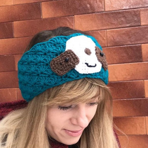 Knitted wool headband with sloth decor for woman