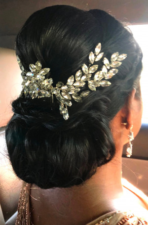 Crystal headpiece, Swarovski crystal hair vine, wedding crystal hairpiece, bridal hair accessory, wedding hair comb, updo hair accessories