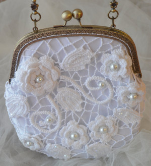 White Lace Bridal Clutch Bridal Purse Pearl Clutch Wedding Purse For bride Handmade White Lace Bridesmaid Clutch Crochet Bag Irish lace