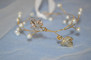 Crystal and Pearl and Leaf Bridal Bracelet, Rose Gold Wedding Cuff, Delicate Ribbon Bracelet, Boho Bracelet, Bridesmaid Bracelet