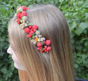 Summer party Gold flower crown Christmas in july Woodland crown Red crown Gift for women headbands Mexican floral headband Flower headpiece