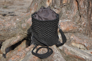 Black macrame bag, Drawstring bucket purse, Woven cylinder wicker bag, Weekender boho bag