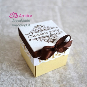 Ivory favor Box with brown ribbon, Wedding favor boxes with satin ribbon, bow and print, quince box, Wedding bonbonniere