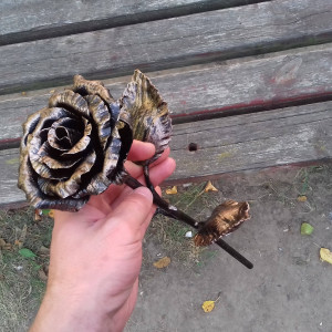 Metal rose, Iron gift for her, 6th anniversary gift, Metal art, Metal rose sculpture, Table decorations, Metal decorations, iron rose