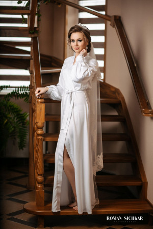 Long satin robe, Bridal robe with lace, Long sleeves, Lace Bridal Robe, Wedding day, Wedding dressing gown