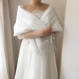 Faux Fur, Bridal Cape, Bridal Fur Stole, Wedding Fur stole, White Fur Shrug, Faux fur cape, Bridal Cover Up, Wedding Fur stole, Bridal Fur