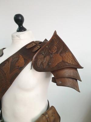 Elven shoulder armor, fantasy leather armor, elven armor