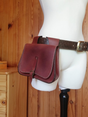 Leather belt bag - Medieval Leather Pouch - Renaissance Bag