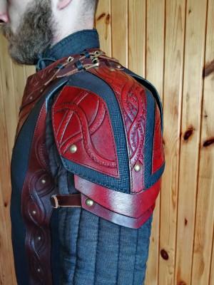 Leather shoulder armor, fantasy shoulder piece, viking leather armor