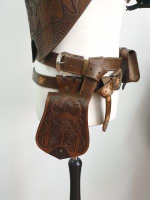 Elven belt bag, medieval bag, leather tool bag, fantasy larp bag