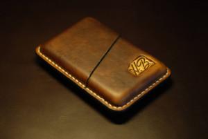 Custom cigarette case, engraved leather cigar holder, groomsmen gift, travel cigarette box