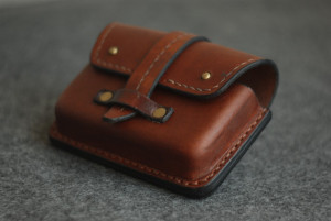 Men belt bag, travel waist purse, credit card and coin pouch, engraved leather fanny pack