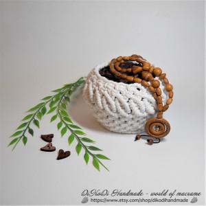 White wicker bin, Cute storage baskets, Small decorative baskets, Natural storage baskets, Oversized wicker basket, Wicker pantry baskets