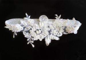 Bridal garter, white garter, Wedding garter, white garter, crystal garter,  lace garters for wedding, garter set, ivory garter