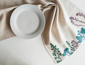 Linen Table Runner with Printed Plants Large Kitchen Towels Home Textile Table Linen Farhouse Decor Botanical Print Napkins Eco Decor