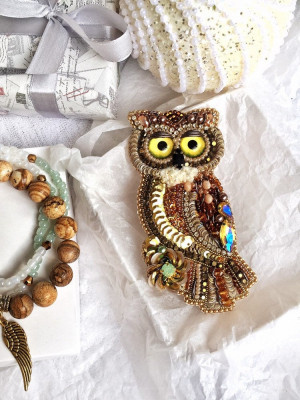 Embroidered bead owl brooch, beaded bird, mothers day gift