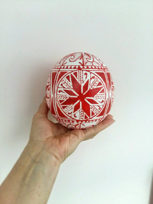 Easter Ostrich egg pysanka, Ukrainian Gift, decorative painted gifts, Wax Ostrich Painting, Red pysanky