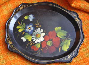 Small Tray / Khokhloma art plate/ Decorative Tray/ Vintage Hand-painted/ Rustic kitchen home decor/ Soviet cottage home vintage