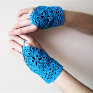 women's crocheted mittens turquoise with floral decorations and beads, boho mittens for flower girls, cotton lace mittens, mittens for lady