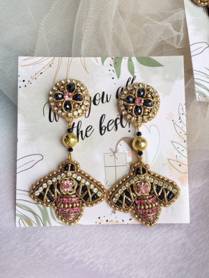 Embroidered Bee Pendant Earrings, Cool Bee Clips, Mom Gift.