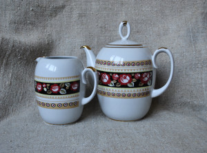 Soviet tea service , Vintage creamer and Large teapot, porcelain service