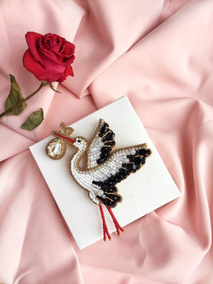 Beaded brooch stork, embroidered bird stork, childbirth, mother's day gift, gift to gynecologist