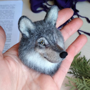 Grey Wolf jewelry Needle felted animal pin wolf brooch for wolf lover Gray wolf art Wool ornament Wolf portrait Gift for boyfriend