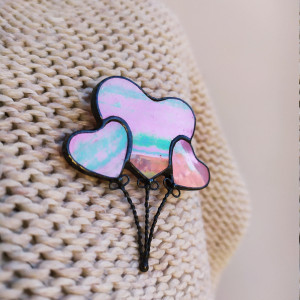 Stain glass pink hearts brooch Valentines day jewelry, Heart pin Romantic gifts for her, Glass heart pins Balloons brooch, Gift amorousness