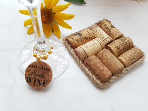 Wine Cork Coasters SET OF Two, Square wine cork coaster, Wedding Favor, Unique Wedding Favor, Wine Accessories, Wine Lover gift, Host gift